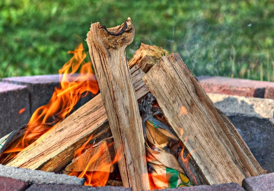 fire_campfire_firepit_857505_h